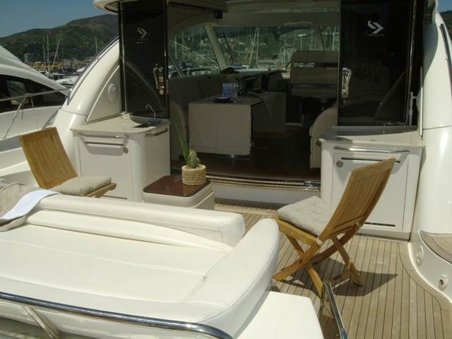 Maniva III -  Aft Deck